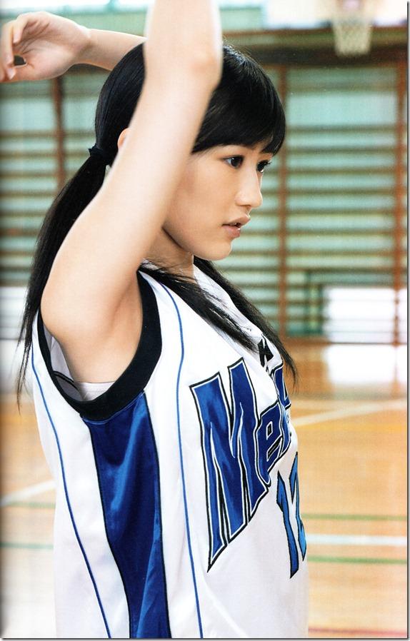 Watanabe Mayu 2nd shashinshuu Seifuku Zukan Saigo no Seifuku (10)