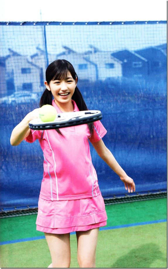 Watanabe Mayu 2nd shashinshuu Seifuku Zukan Saigo no Seifuku (25)