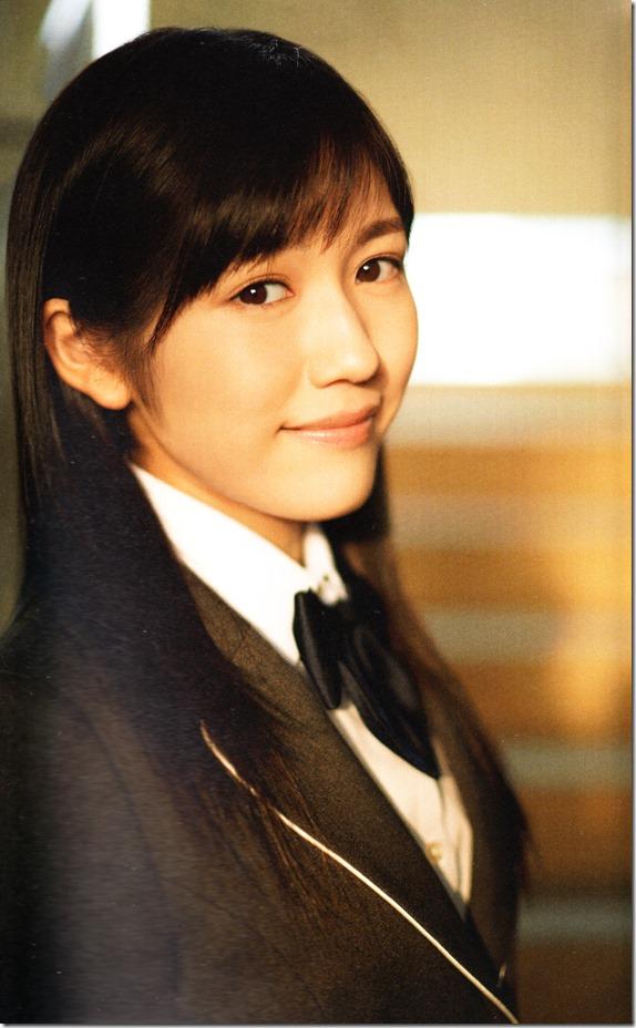 Watanabe Mayu 2nd shashinshuu Seifuku Zukan Saigo no Seifuku (88)