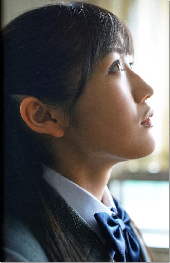 Watanabe Mayu 2nd shashinshuu Seifuku Zukan Saigo no Seifuku (93)