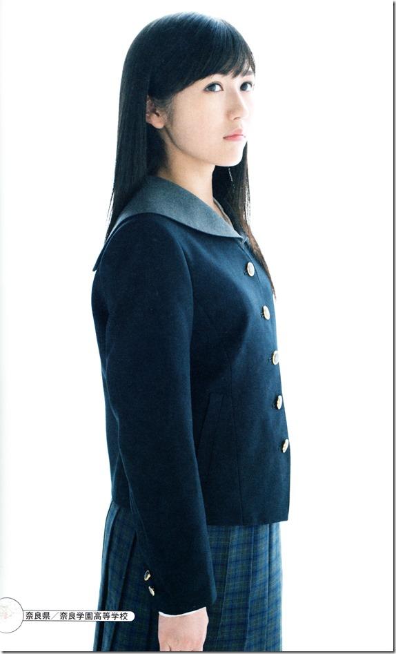 Watanabe Mayu 2nd shashinshuu Seifuku Zukan Saigo no Seifuku  (96)
