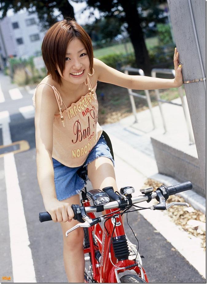上戸彩 (18)