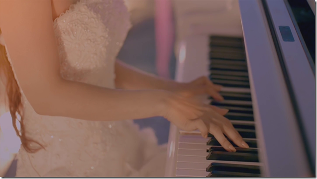 Amuro Namie in Let Me Let You Go (6)