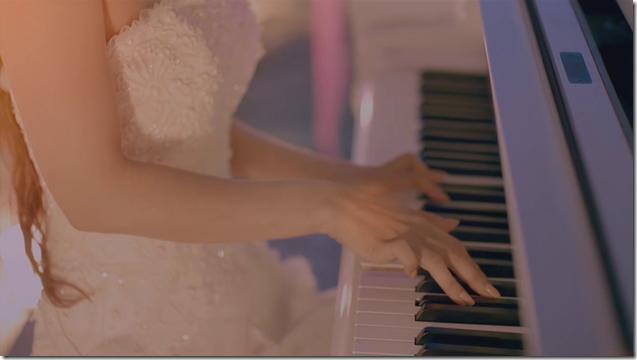Amuro Namie in Let Me Let You Go (6)