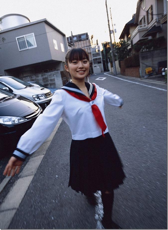 Ishida Miku (19)