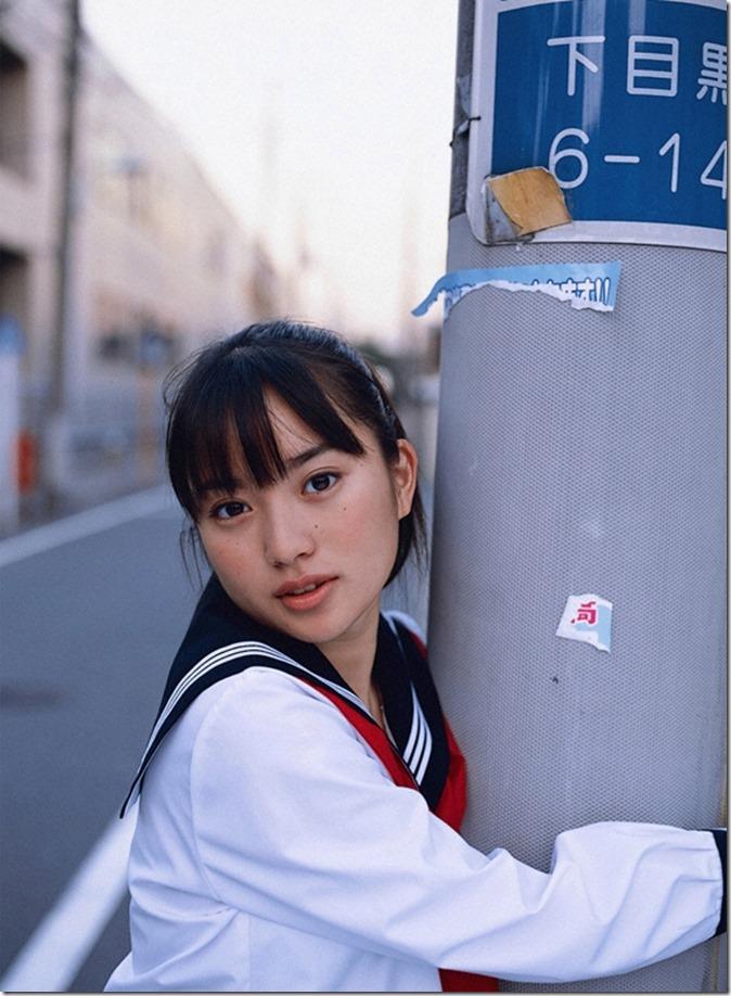 Ishida Miku (23)