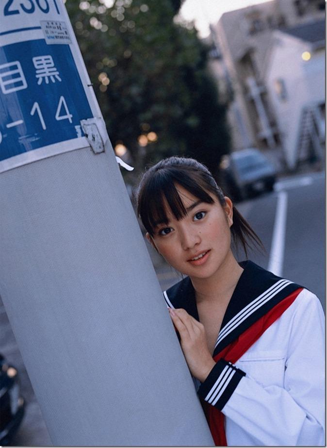 Ishida Miku (26)