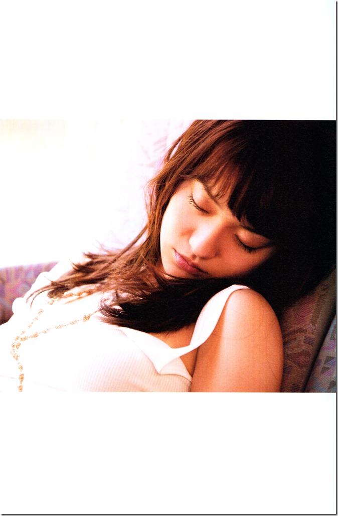 Oshima Yuko 1st photo book Yuko (123)
