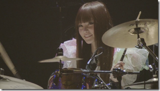 Scandal in live at Budoukan 2012 (29)