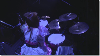 Scandal in live at Budoukan 2012 (31)