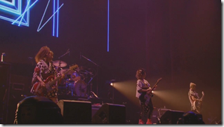 Scandal in live at Budoukan 2012 (32)