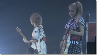 Scandal in live at Budoukan 2012 (36)
