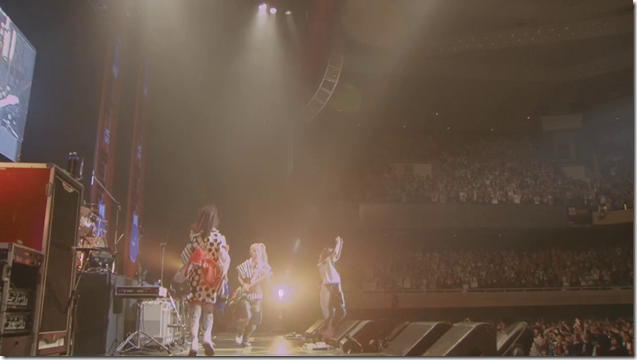 Scandal in live at Budoukan 2012 (85)