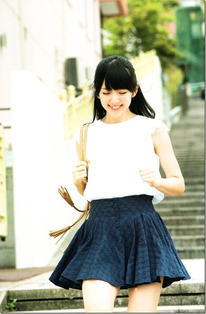 Suzuki Airi Oyoganai Natsu shashinshuu (4)