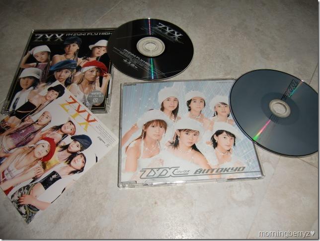 ZYX Iku ZYX! FLY HIGH & Shiroi Tokyo singles with first press sticker