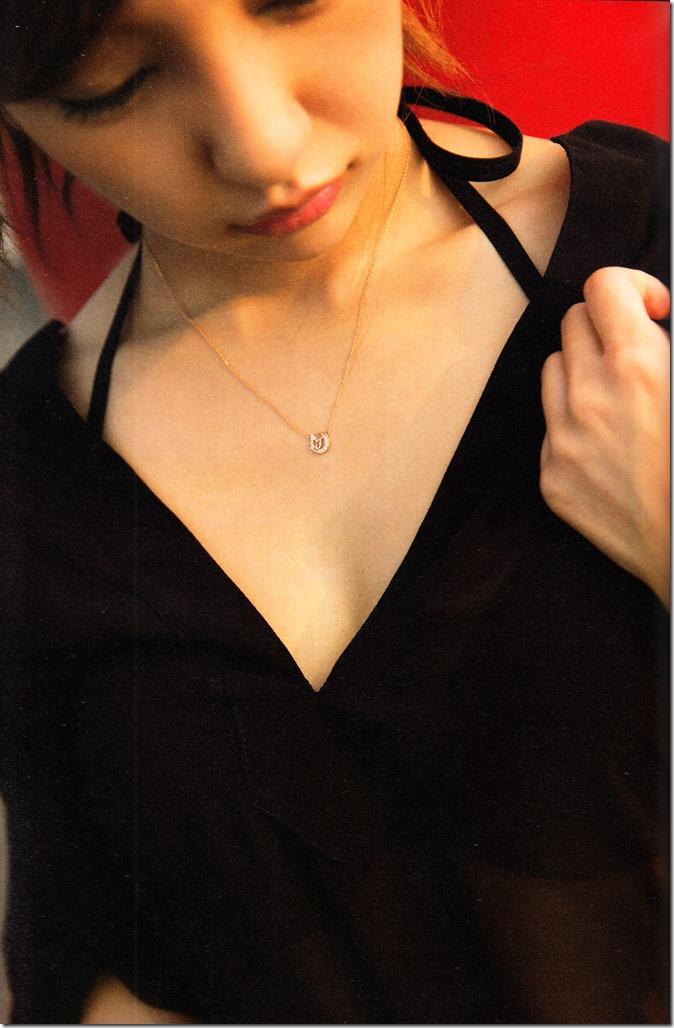 Itano Tomomi Tomochin AKB48 sotsugyou kinen shashinshuu (110)