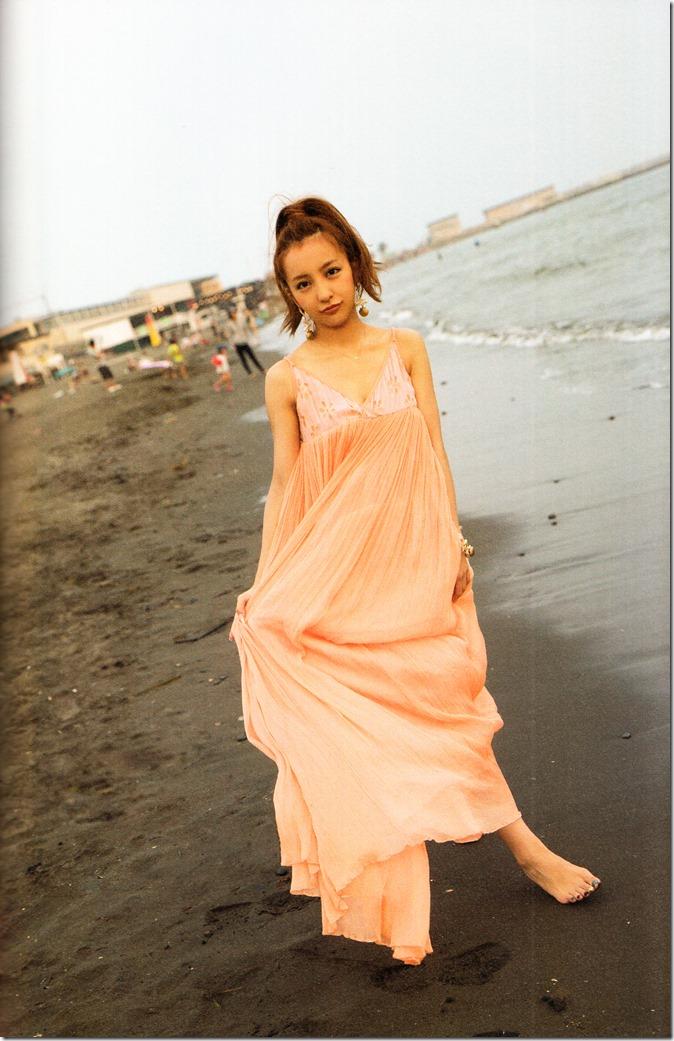 Itano Tomomi Tomochin AKB48 sotsugyou kinen shashinshuu (113)