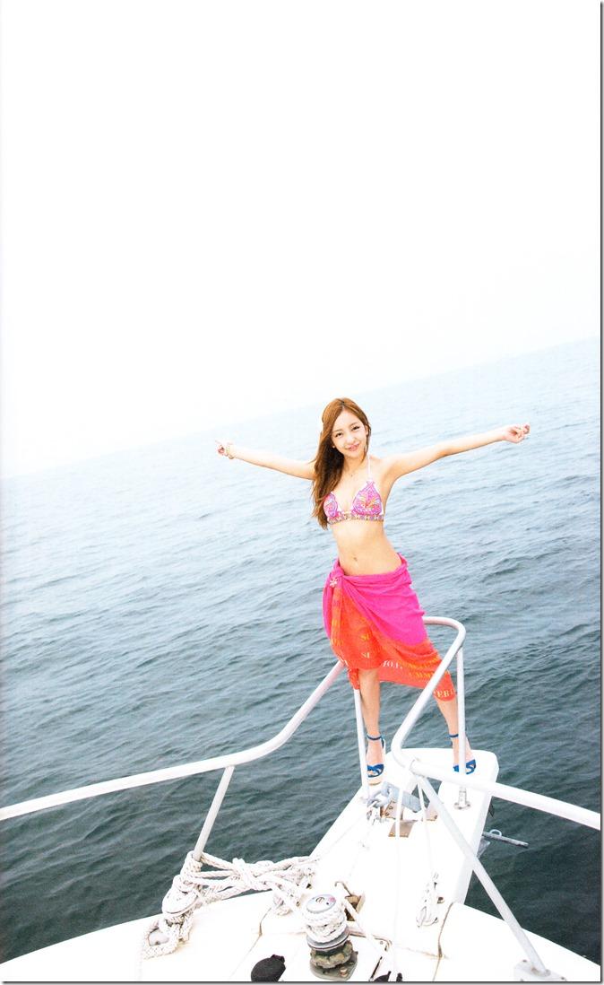 Itano Tomomi Tomochin AKB48 sotsugyou kinen shashinshuu (47)