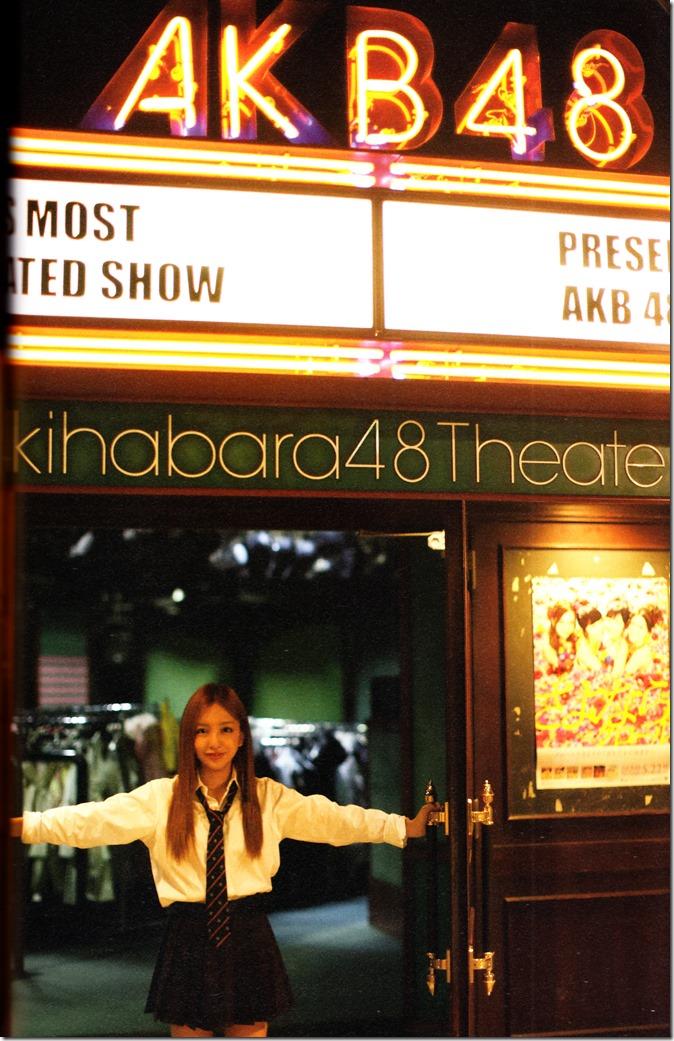Itano Tomomi Tomochin AKB48 sotsugyou kinen shashinshuu (72)