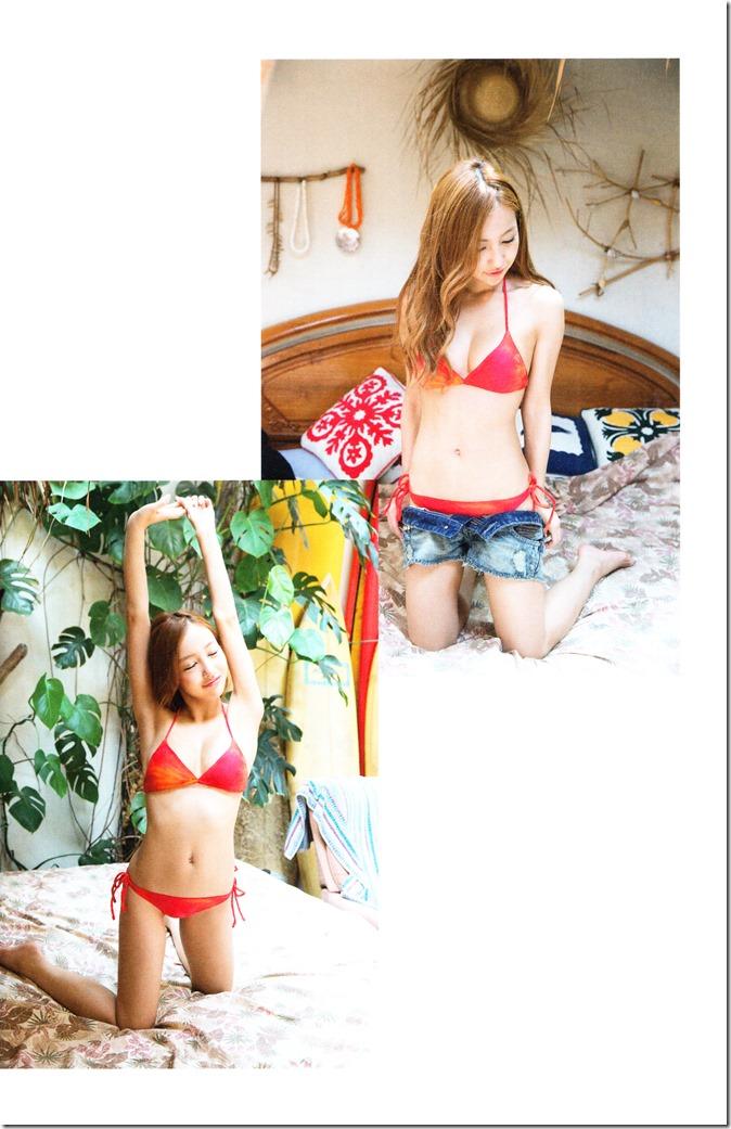 Itano Tomomi Tomochin AKB48 sotsugyou kinen shashinshuu (9)