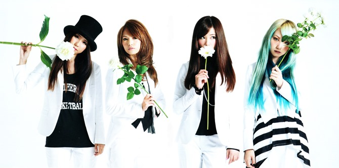 SCANDAL STANDARD album jacket & booklet (8)2
