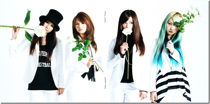 SCANDAL STANDARD album jacket & booklet (8)