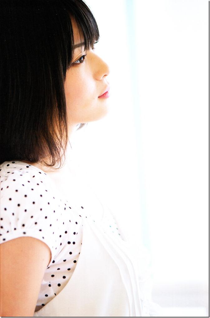 Yajima Maimi Garasu to mizu shashinshuu (15)