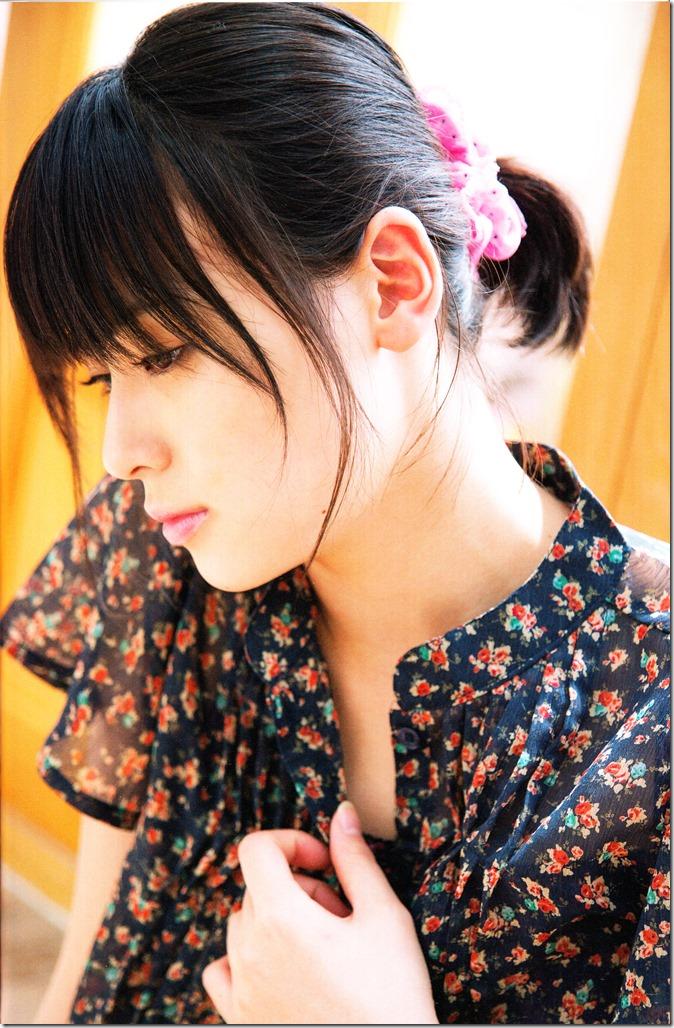Yajima Maimi Garasu to mizu shashinshuu (19)