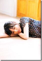 Yajima Maimi Garasu to mizu shashinshuu (22)