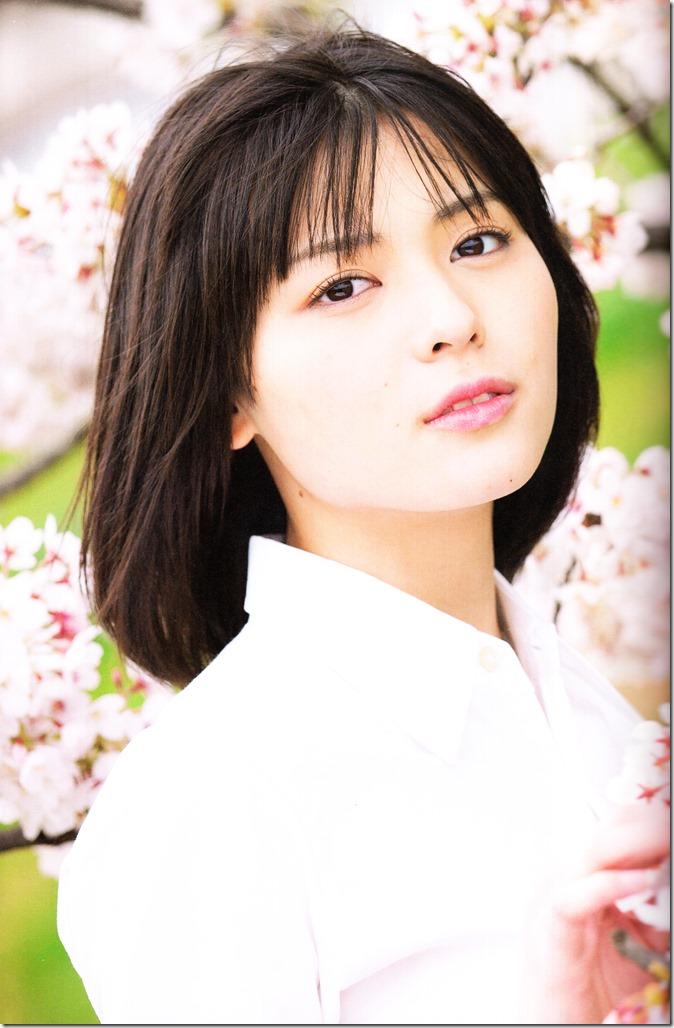 Yajima Maimi Garasu to mizu shashinshuu (37)