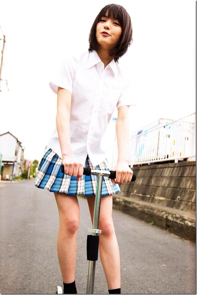 Yajima Maimi Garasu to mizu shashinshuu (67)