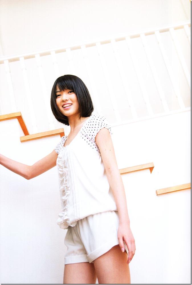 Yajima Maimi Garasu to mizu shashinshuu (6)