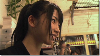 Yokoyama Yui in Hiri Hiri arubaito (12)