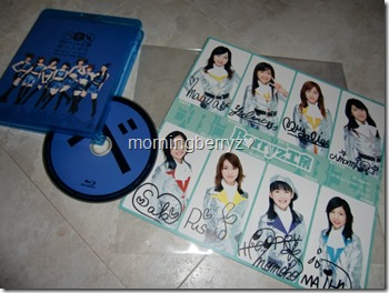 Berryz Koubou autographs collection complete with Music Video Bluray File 2011