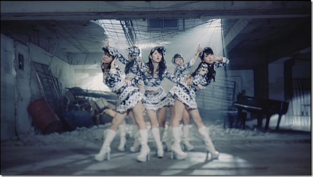 C-ute Aitte motto zanshin (dance shot version) (4)