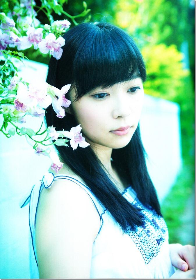 Sashihara Rino First Shashinshuu Neko ni maketa (118)