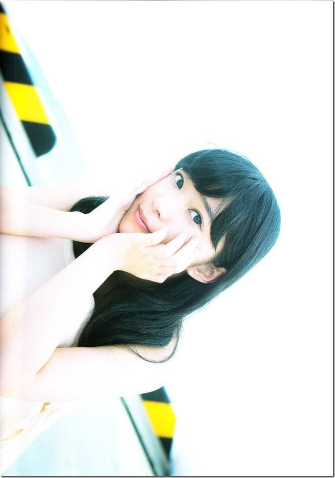 Sashihara Rino First Shashinshuu Neko ni maketa (121)