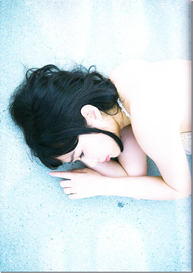 Sashihara Rino First Shashinshuu Neko ni maketa (123)