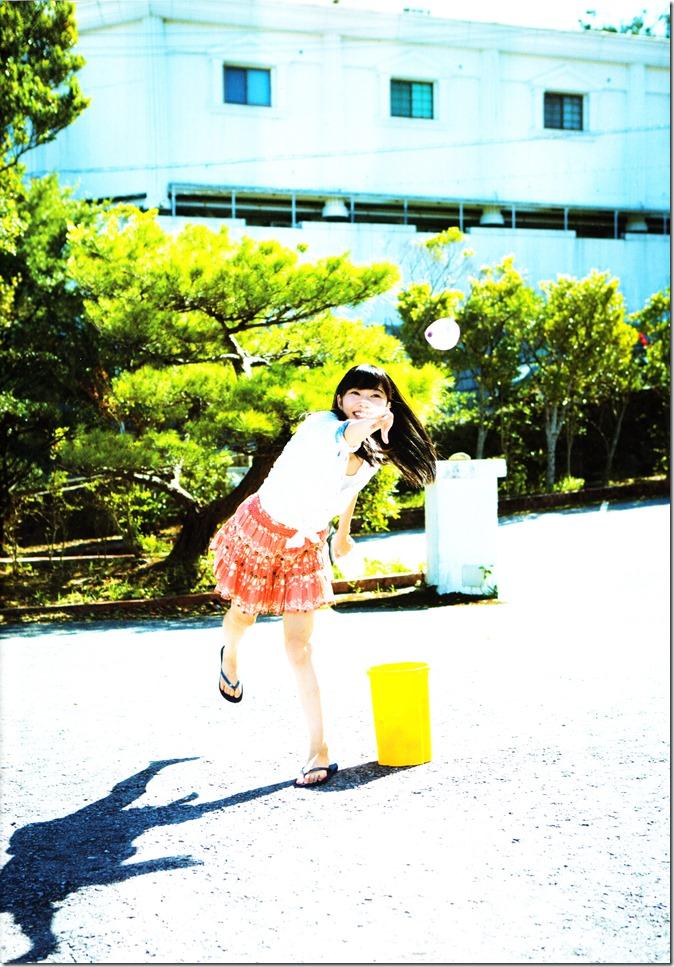Sashihara Rino First Shashinshuu Neko ni maketa (24)