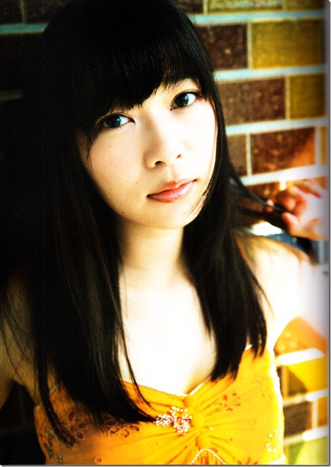 Sashihara Rino First Shashinshuu Neko ni maketa (27)