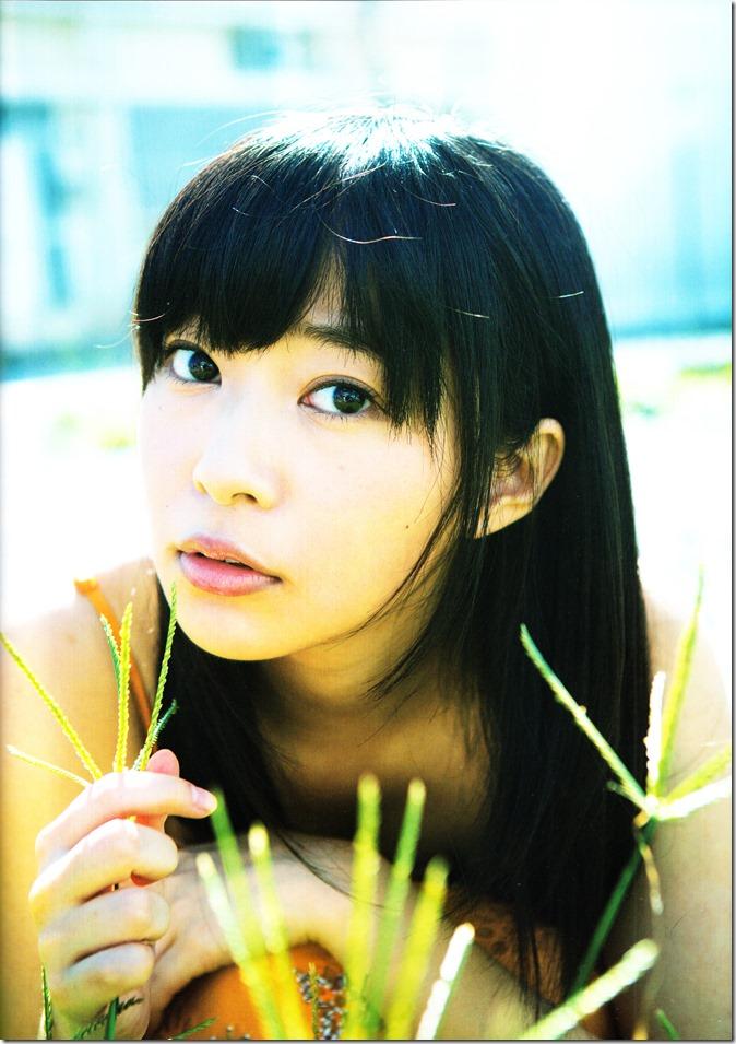 Sashihara Rino First Shashinshuu Neko ni maketa (32)