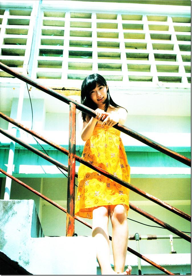 Sashihara Rino First Shashinshuu Neko ni maketa (34)