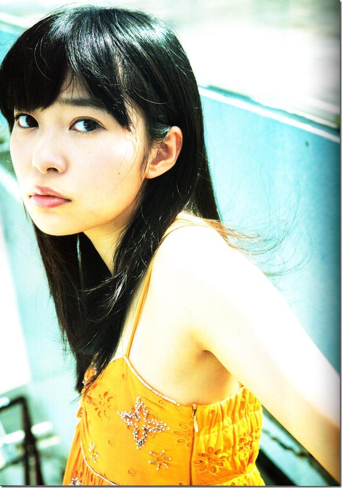 Sashihara Rino First Shashinshuu Neko ni maketa (35)