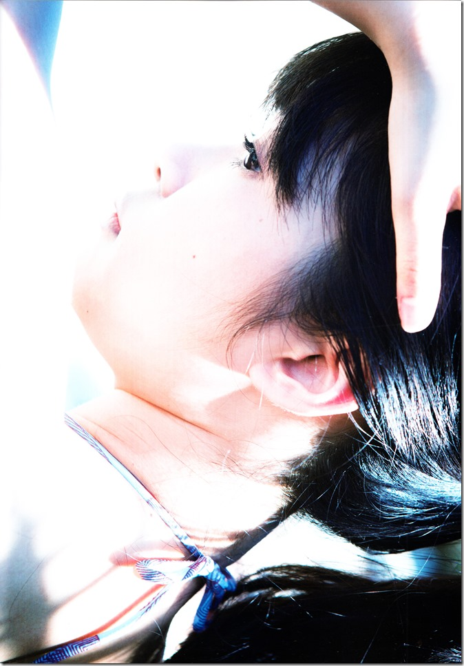 Sashihara Rino First Shashinshuu Neko ni maketa (44)