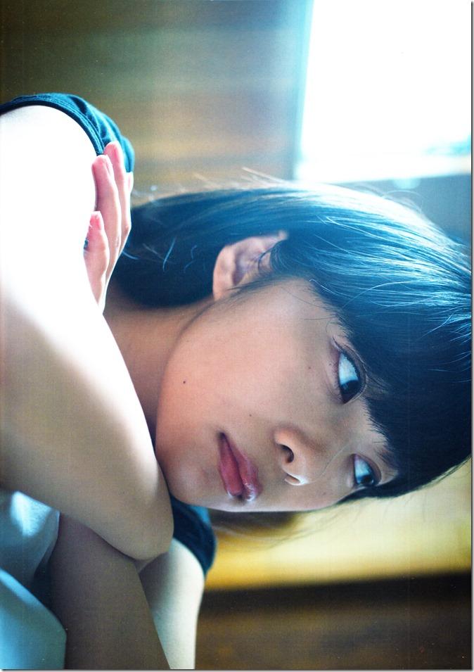 Sashihara Rino First Shashinshuu Neko ni maketa (9)