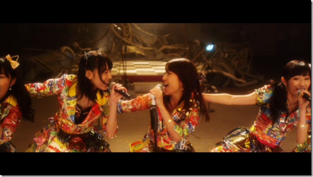 AKB48 in Mae shika mukanee (dance ver (10)