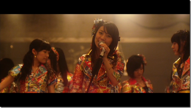 AKB48 in Mae shika mukanee (dance ver (3)