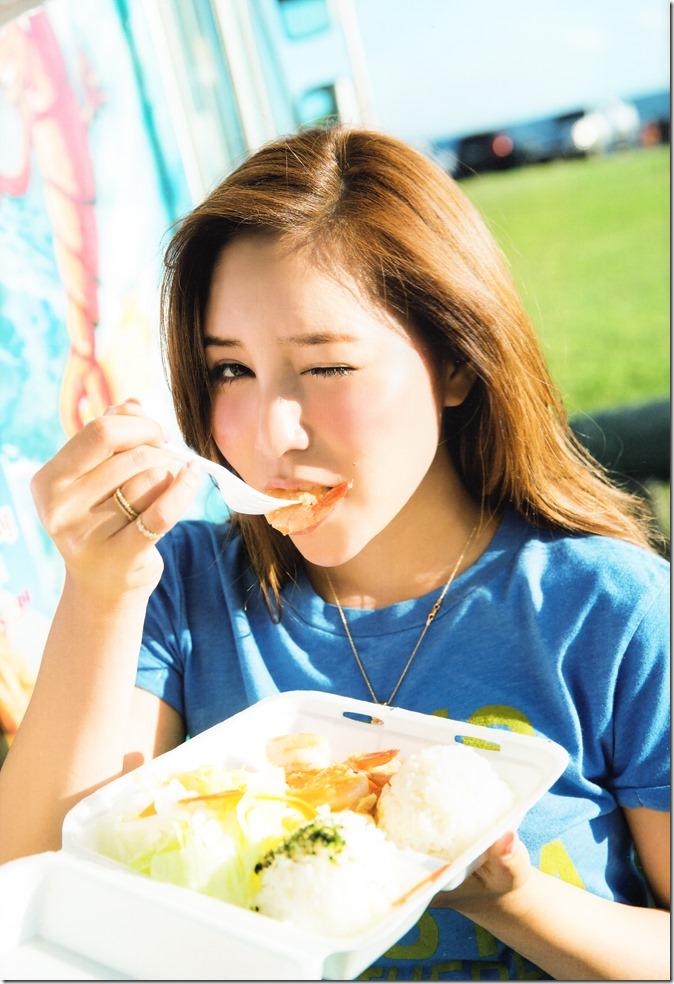 Kasai Tomomi Yaketa shashinshuu (118)