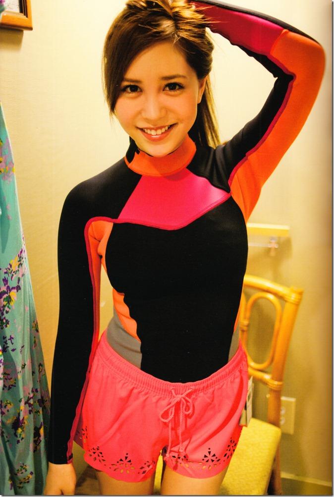 Kasai Tomomi Yaketa shashinshuu (29)