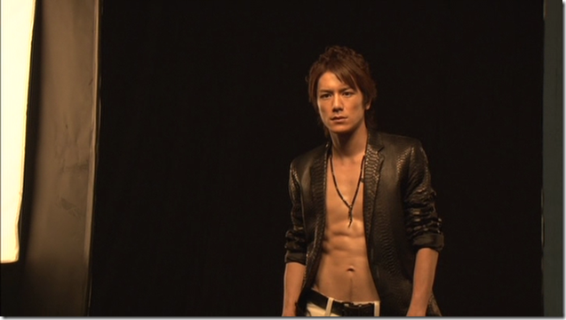 Tackey & Tsubasa in Dakinatsu jacket making of (29)